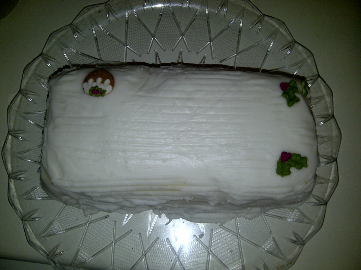 A lovely friend made me a fantastic Christmas cake last year - what a very special gift!