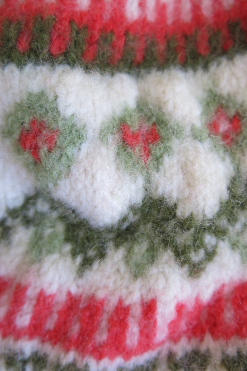 Your sweater is fully felted when you can no longer see the individual stitches in your knitwear.