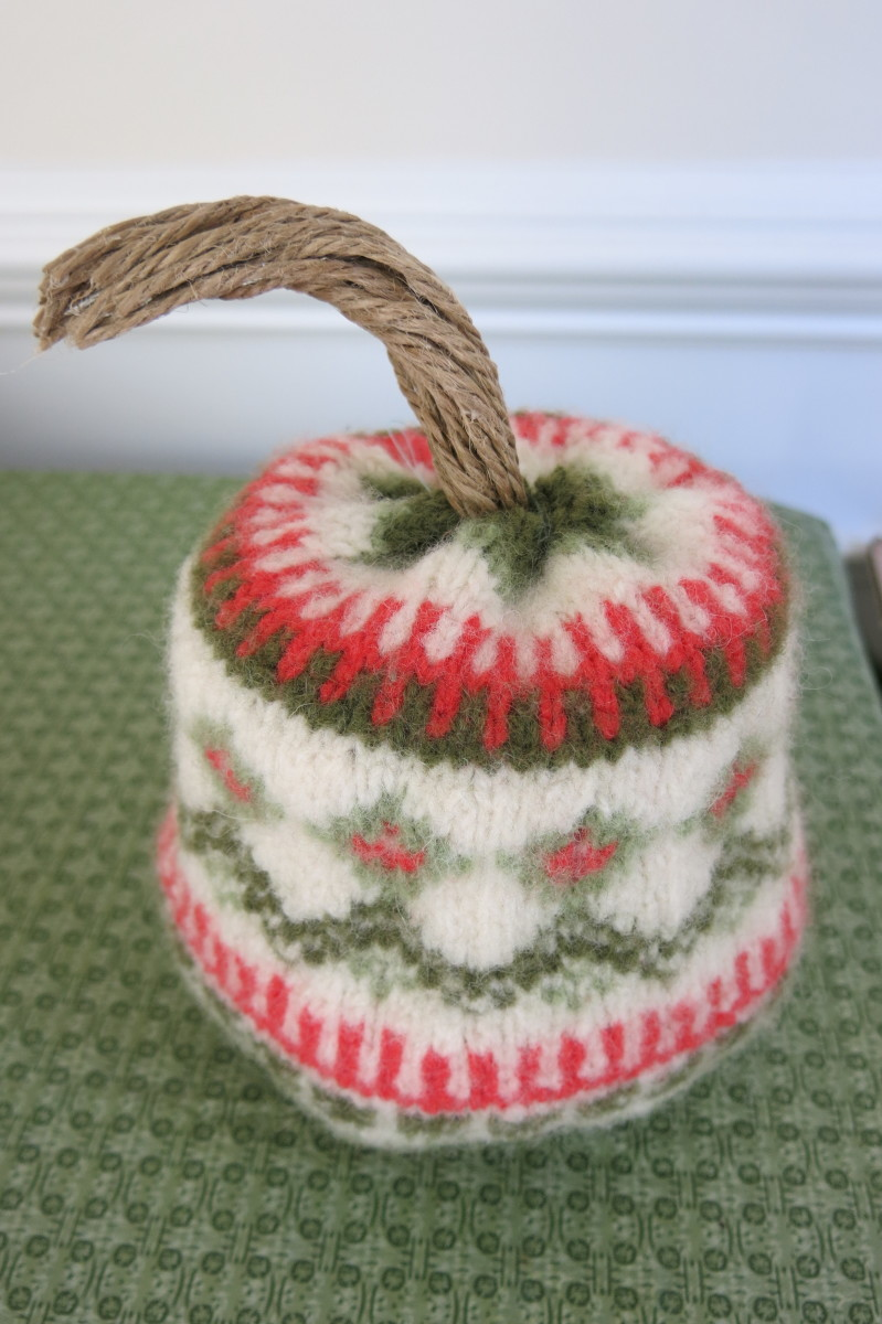Adding a stem to your stuffed pumpkin