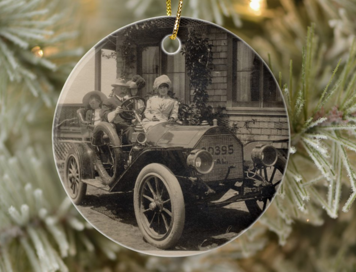 here's an example of a round ornament I ordered from Zazzle and customized with one of my vintage photos.