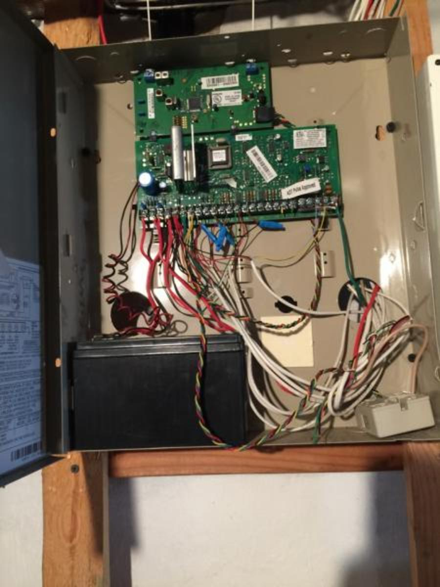 RJ31X located in the bottom right corner, the little beige box.