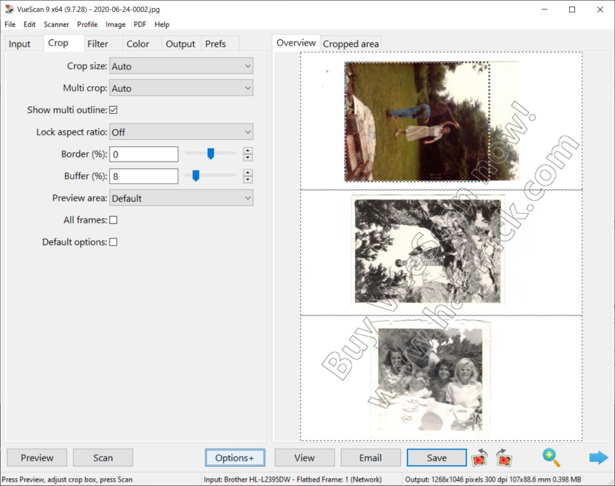 Display after splitting multi-photo image