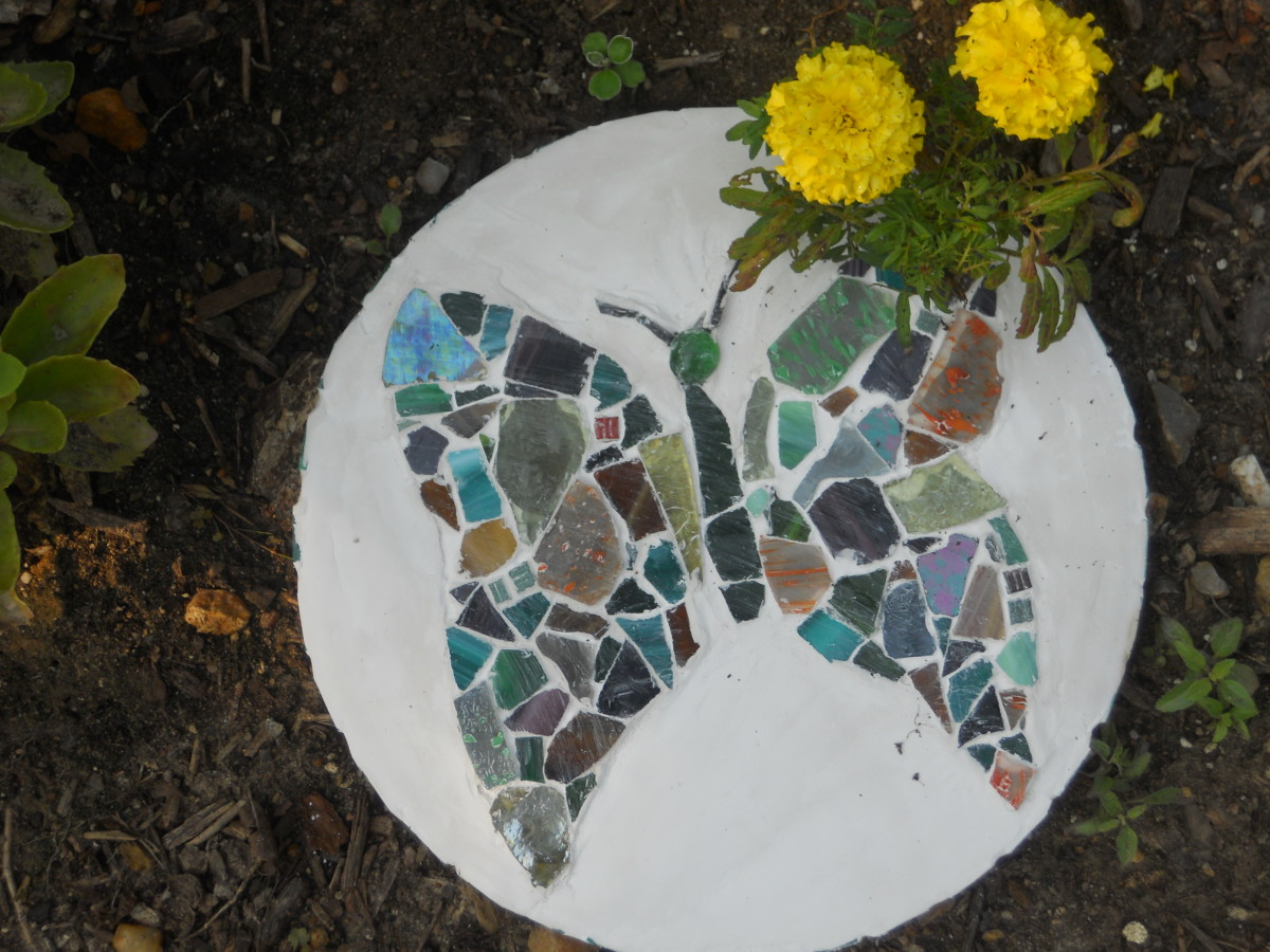 Finished mosaic stepping stone ready for the garden