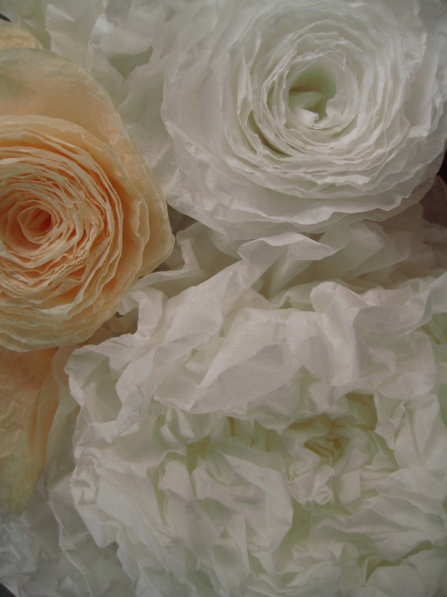 Mar 18,  · I can make flowers from coffee filters? I enjoy paper crafts and have made many tissue paper flowers over the years. When I heard about a flower-making method with coffee filters, I was intrigued and had to try hocalinkz1.gas: