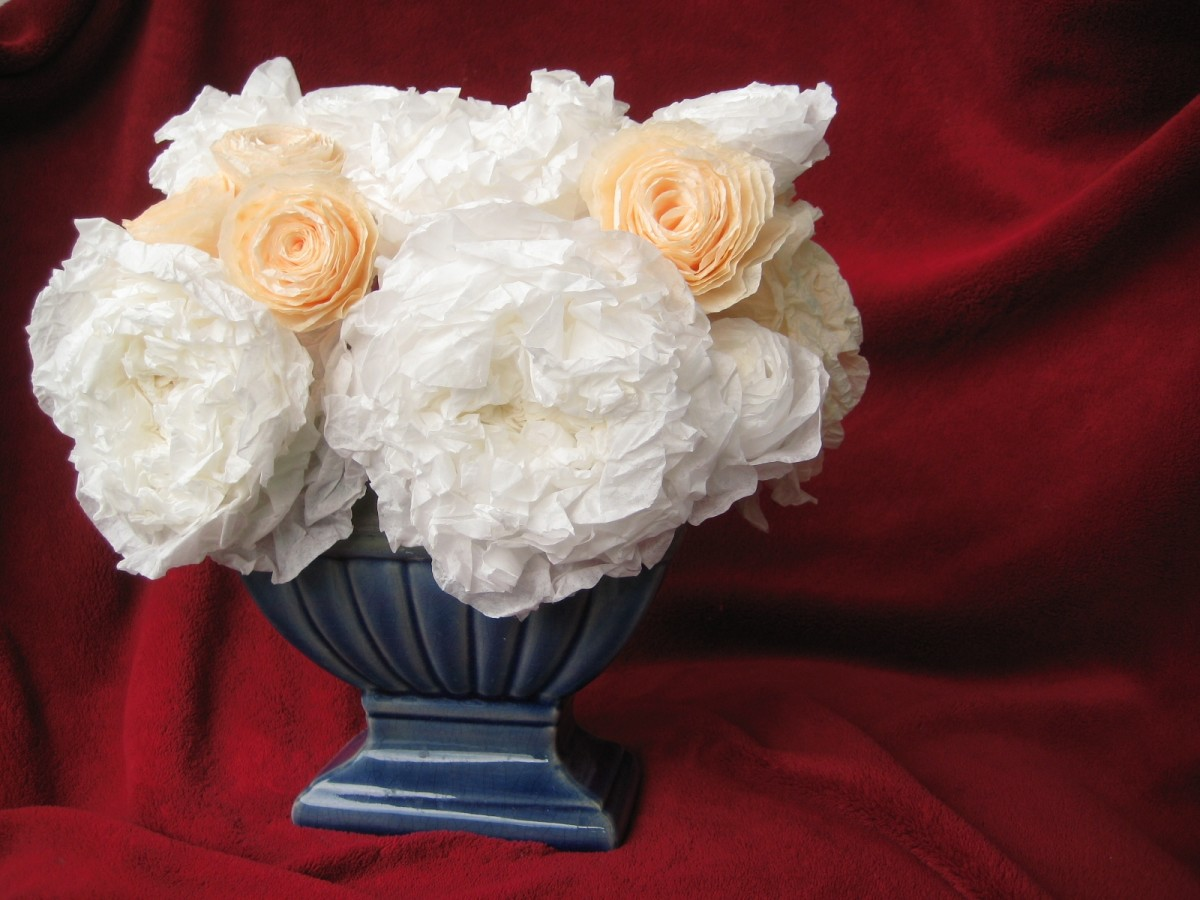 Mixed Sizes - White and Peach - Coffee Filter Flowers in Arrangement