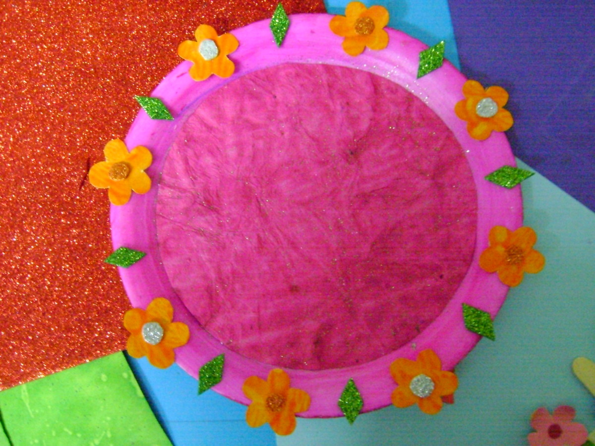 Best out of waste a beautiful wall piece using a paper plate for Waste to useful crafts