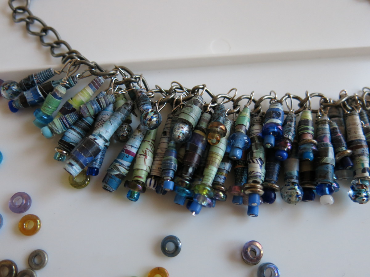 my necklace has two rows of beaded fringe: a shorter top row, and a longer bottom row.