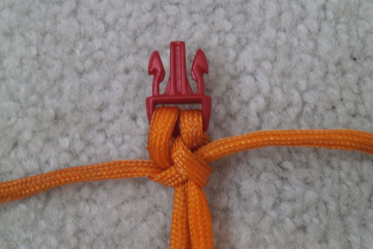 Tightening the 2nd knot