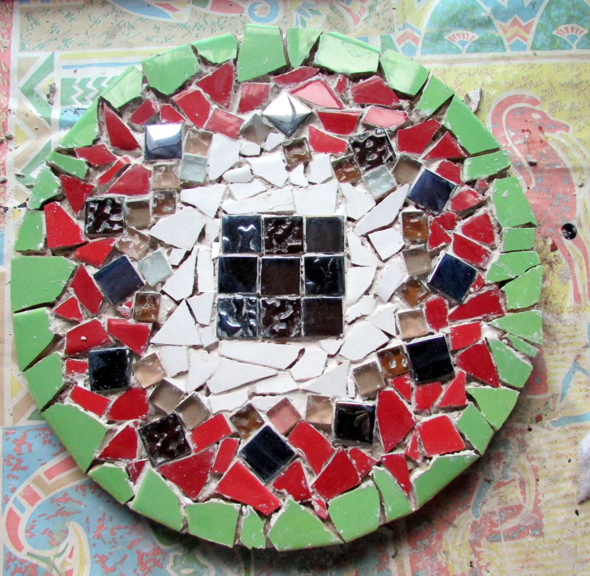 My mosaic design ready for the grouting