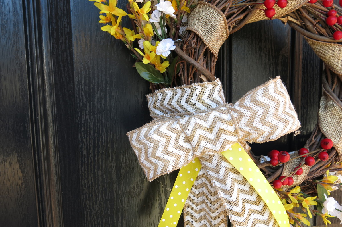 How to Make a Fake Burlap Bow