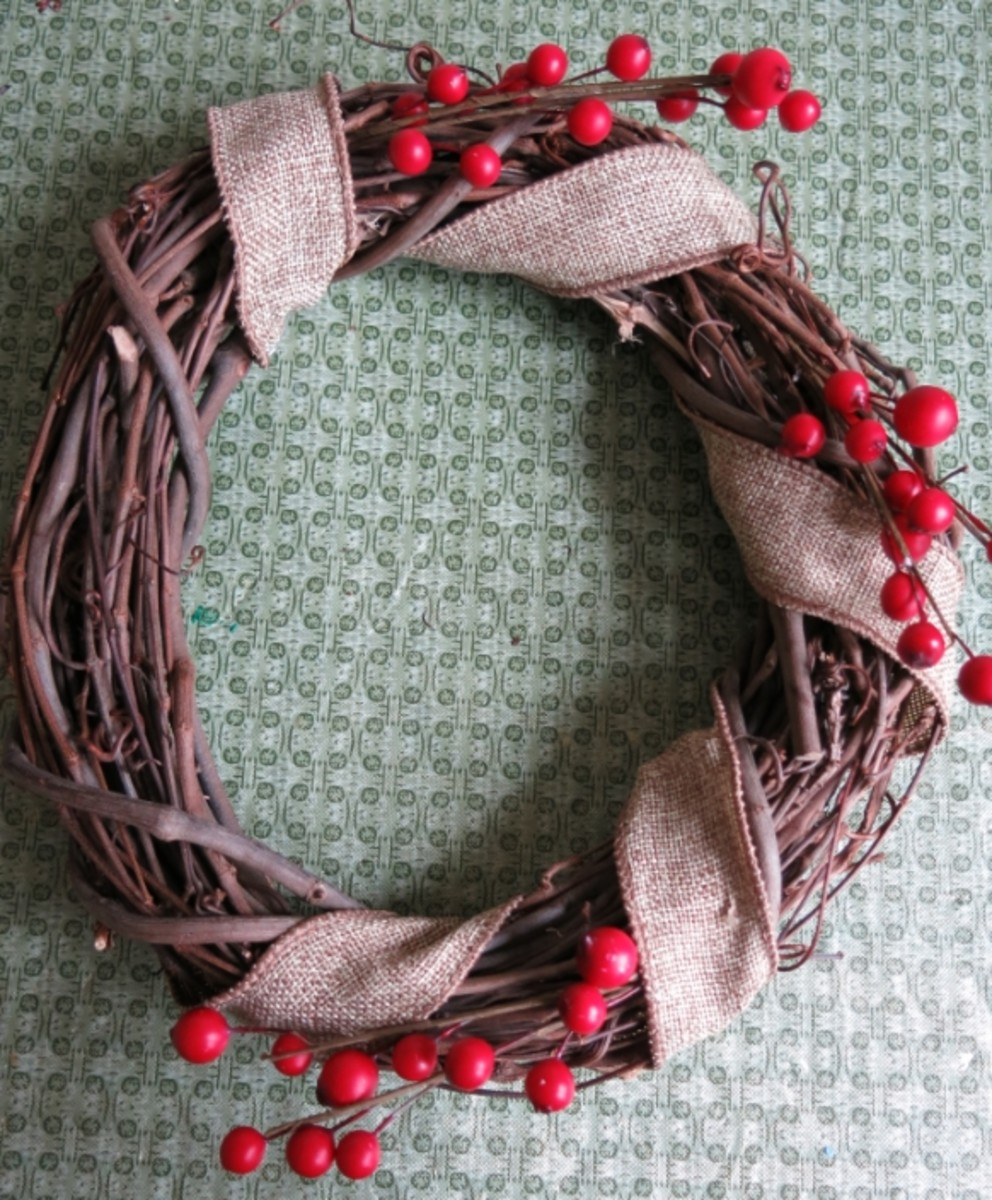 Decorate the smaller ring of your double wreath first.