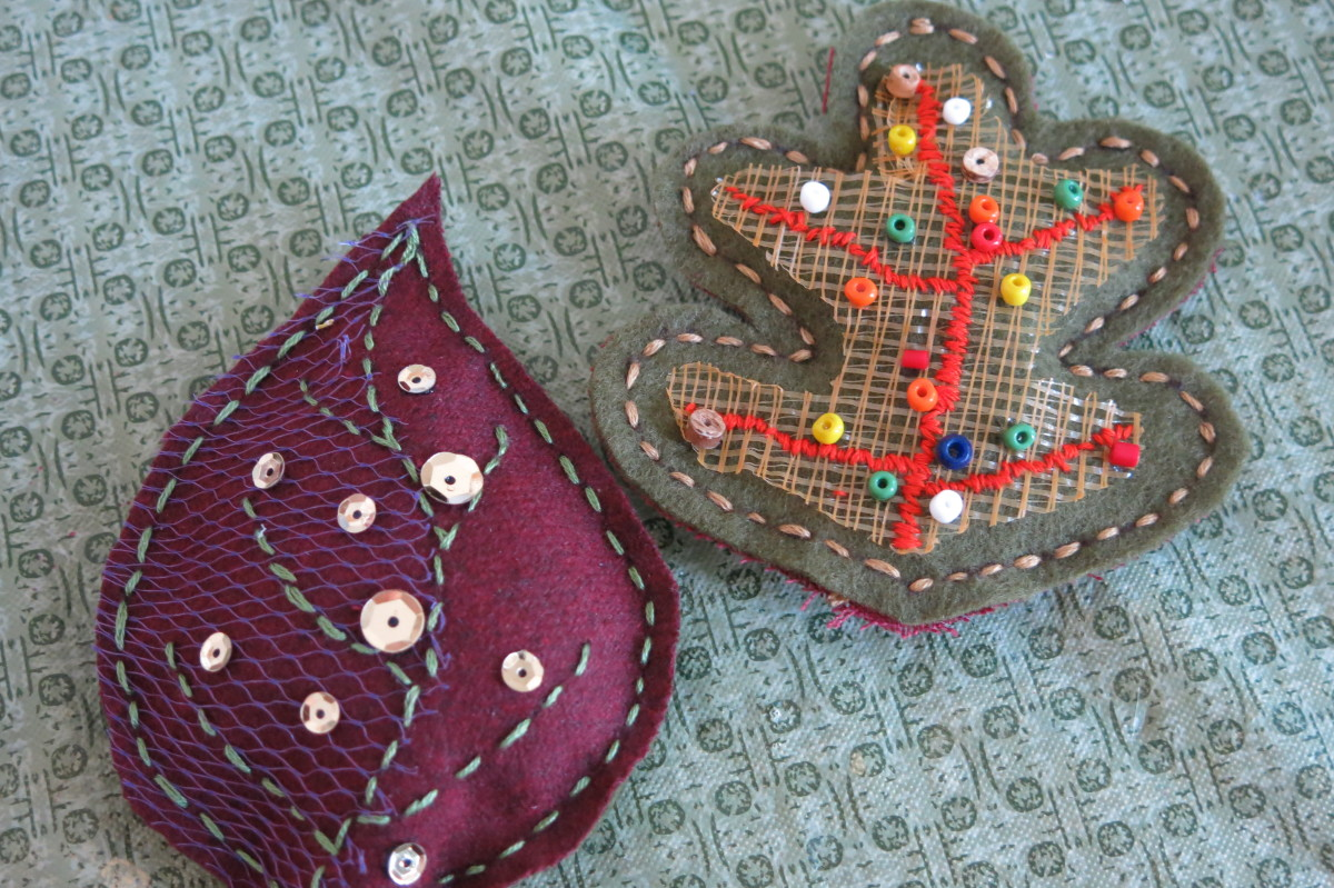 Decorating your scrap fabric fall leaves