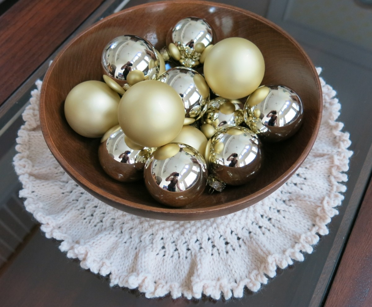 You can use your tree skirt or doily for other uses, too.