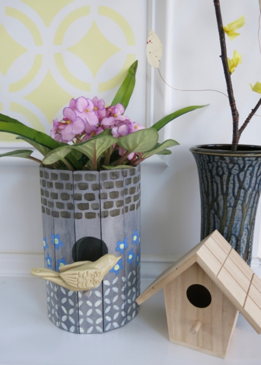 diy-craft-tutorial-recycle-a-birdhouse-into-a-planter-or-flower-vase
