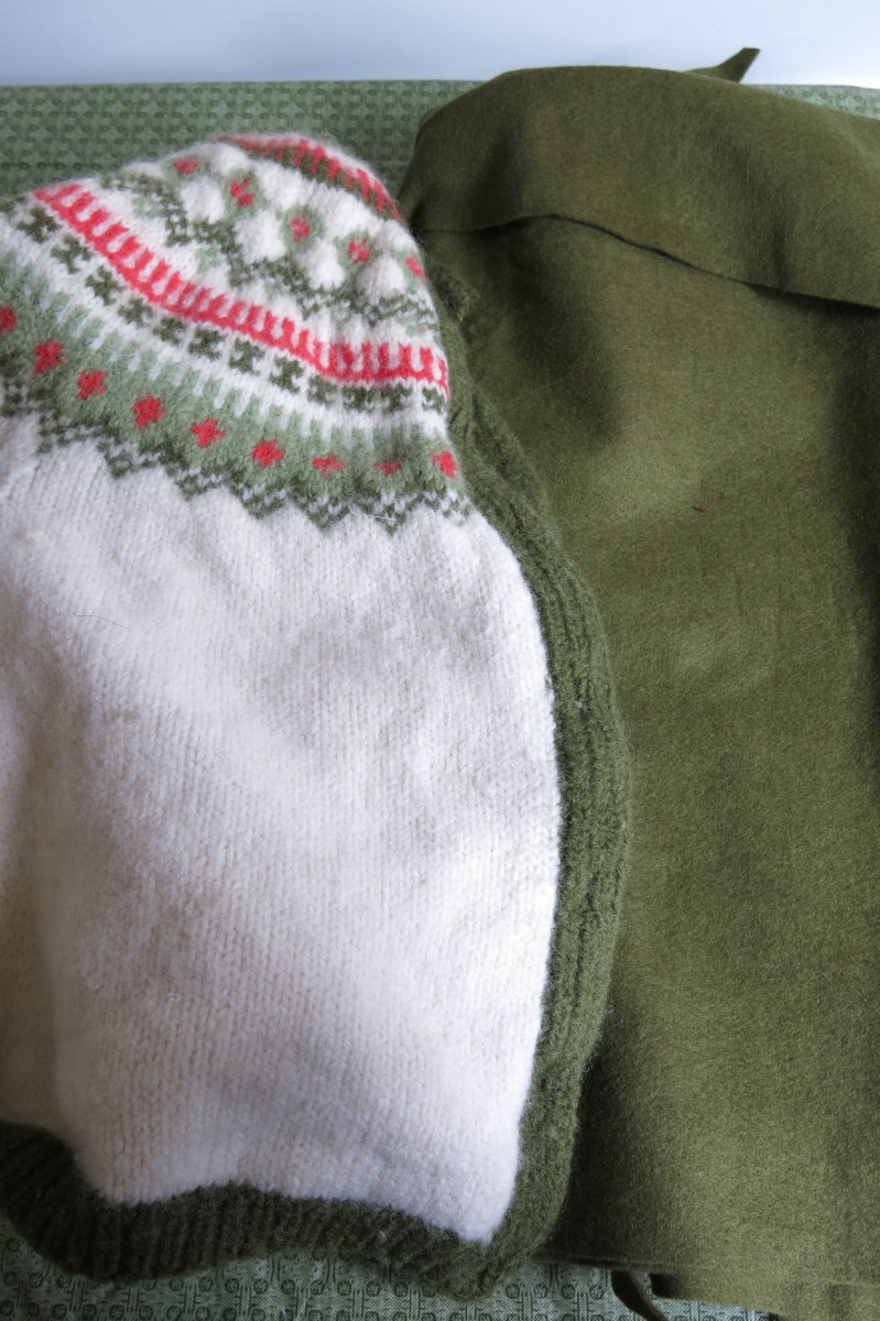 Materials for Turning an Old Sweater into a Christmas Tree Decoration