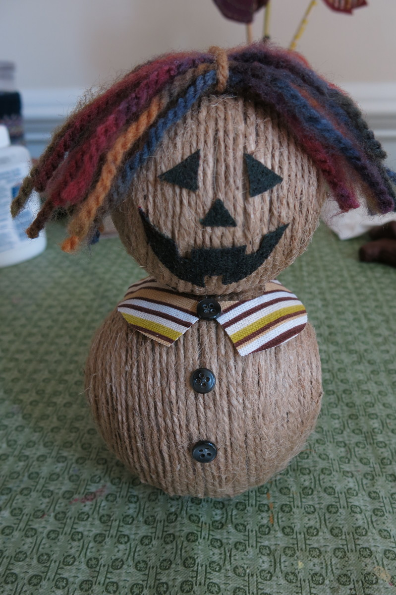 Assembling your twine scarecrow