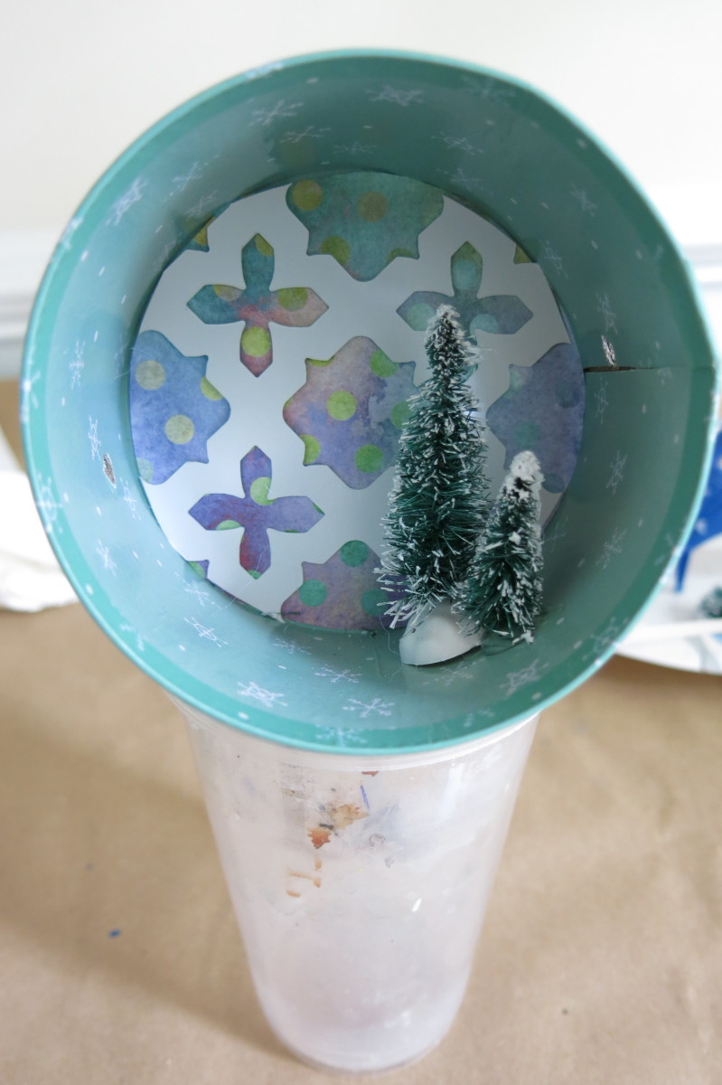 diy-holiday-craft-how-to-make-a-christmas-floral-arrangement-and-tree-ornament-from-a-gift-box