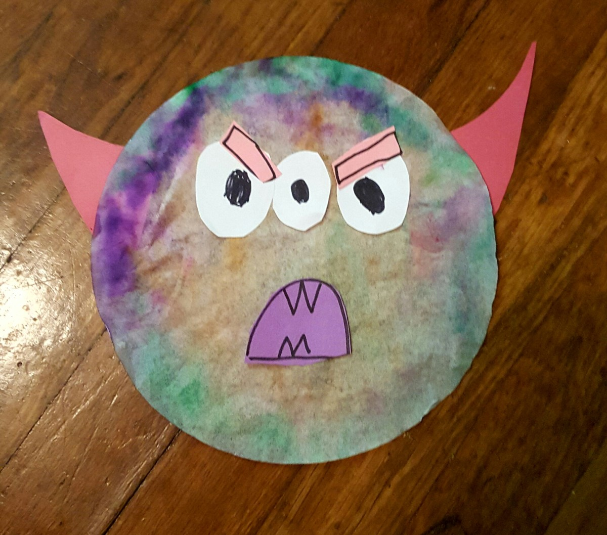 tie-dye-coffee-filter-monster-halloween-craft