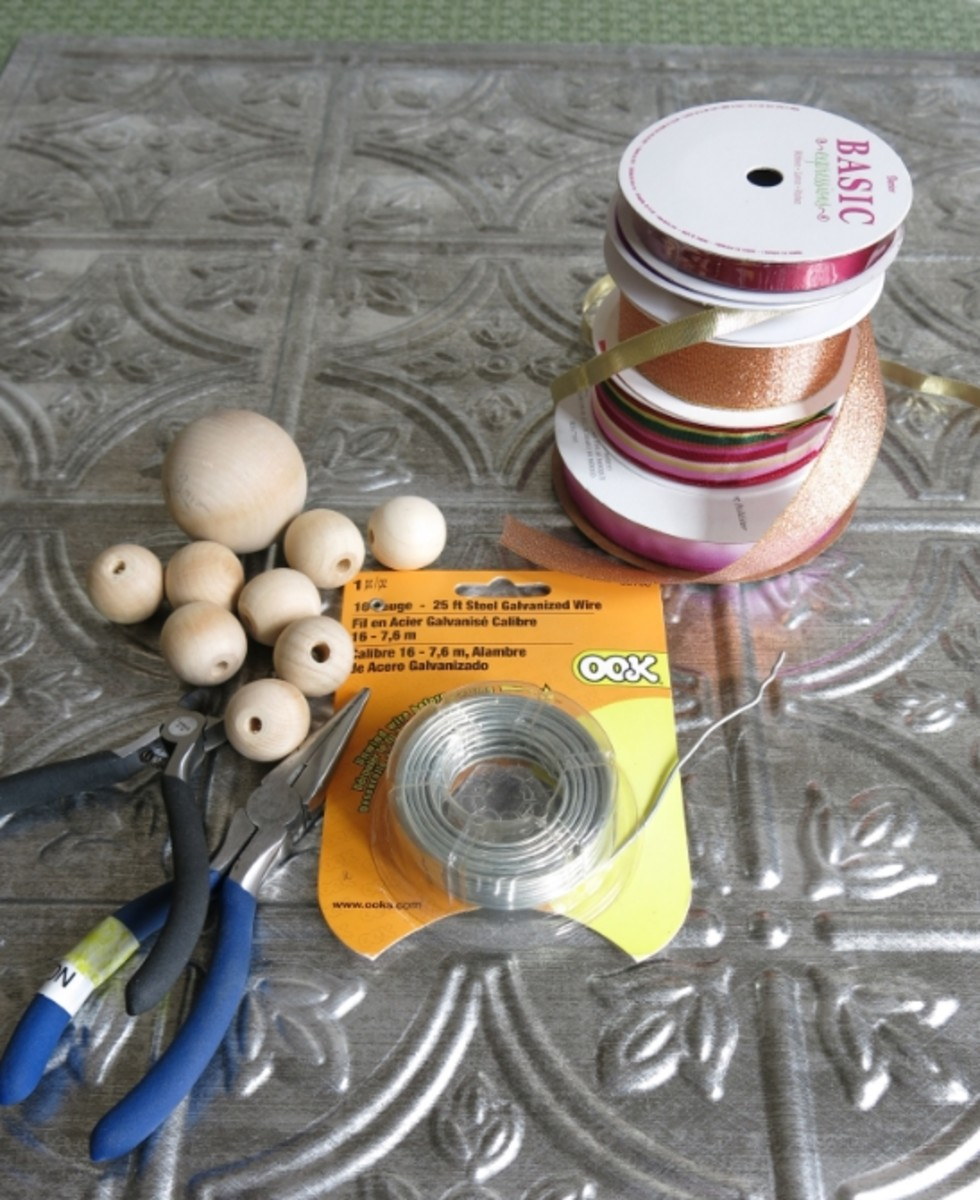 Materials for Making a Dragonfly Wreath