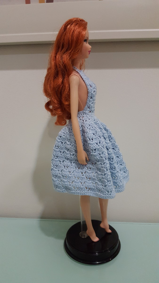 Barbie Sexy Cleavage Dress (Side View)