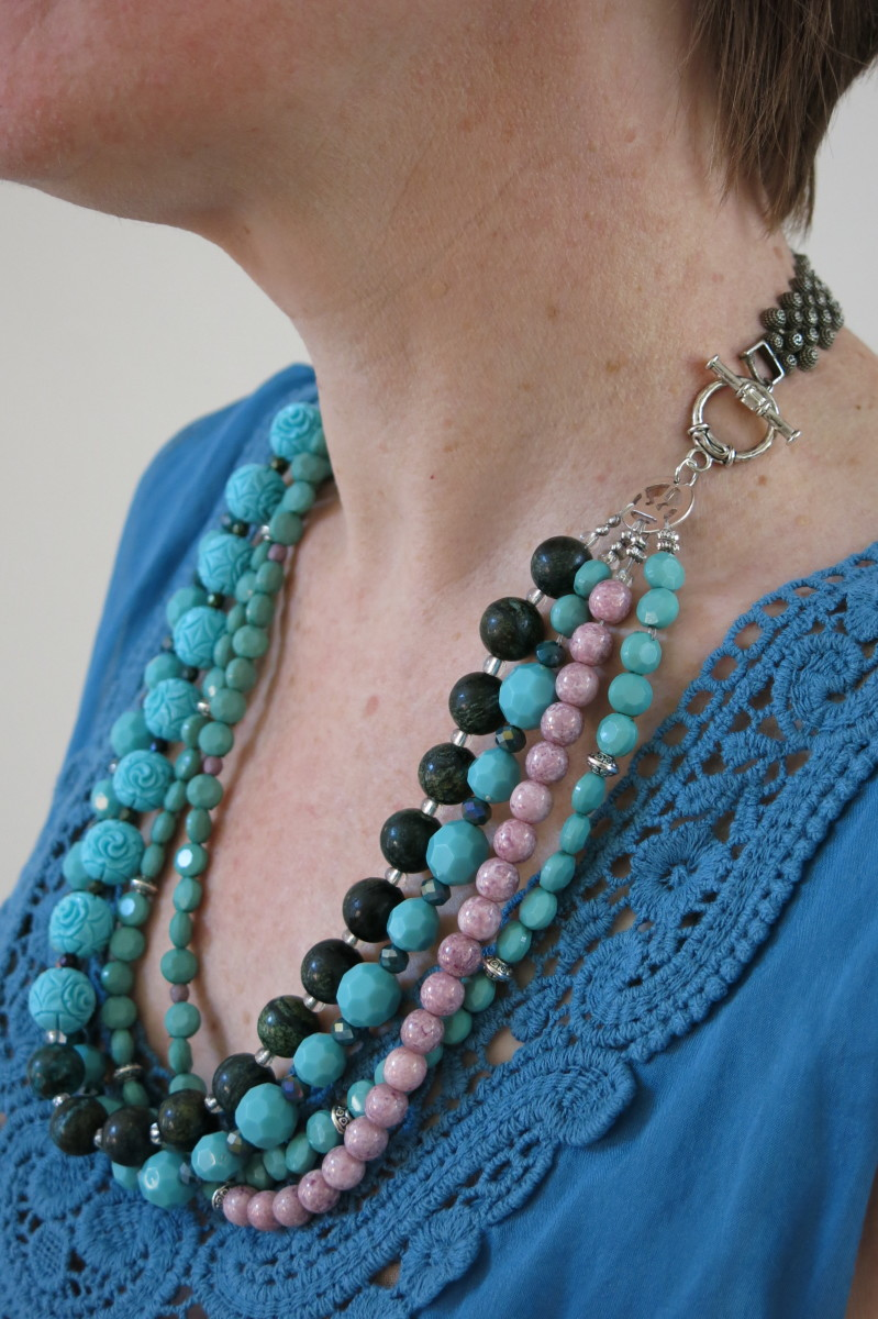 You can get a different look by connecting your bead chains to the clasp in a different order.