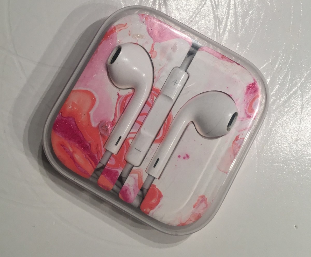 "I saw DIY marble phone cases, and thought, ""My headphone case is boring—let's try that!"""