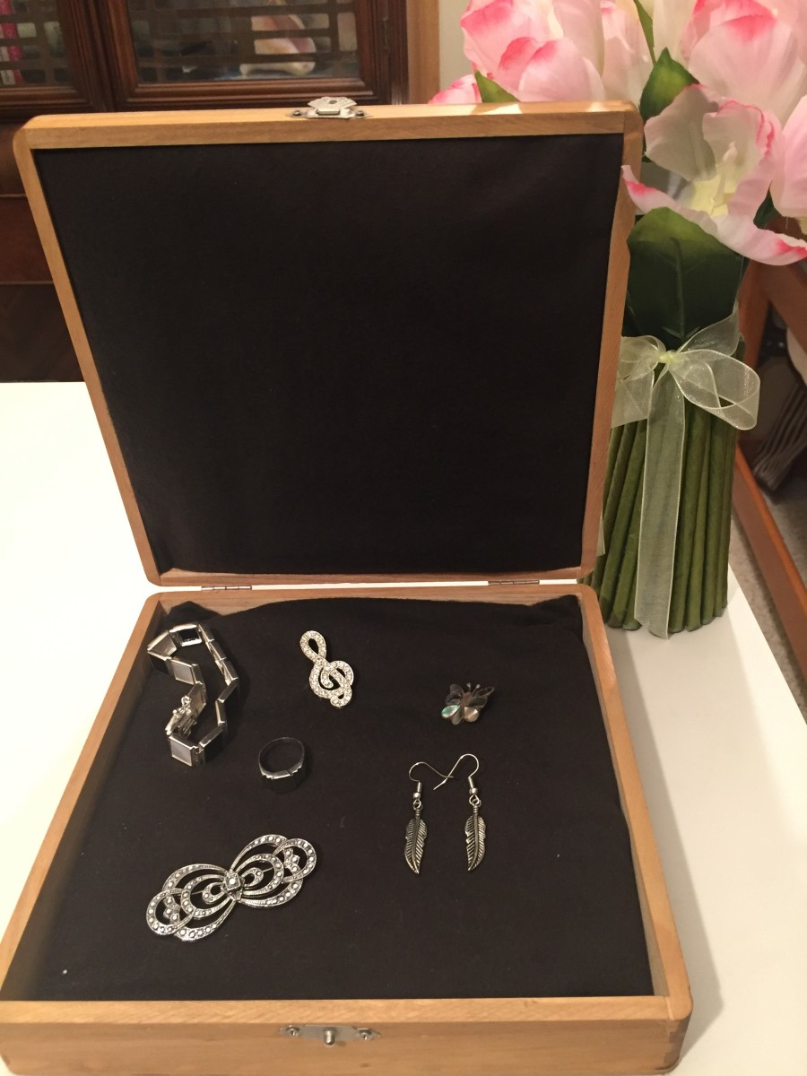 How to Make a Jewelry Box Liner to Protect Your Silver Jewelry Using Silver Cloth