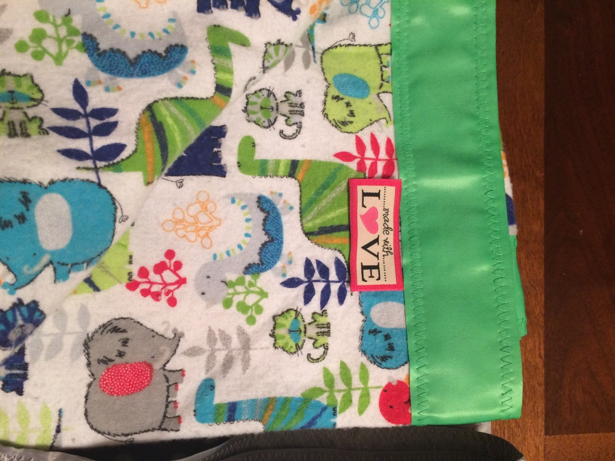 Baby Blanket (Easy Step-by-Step Sewing Project)