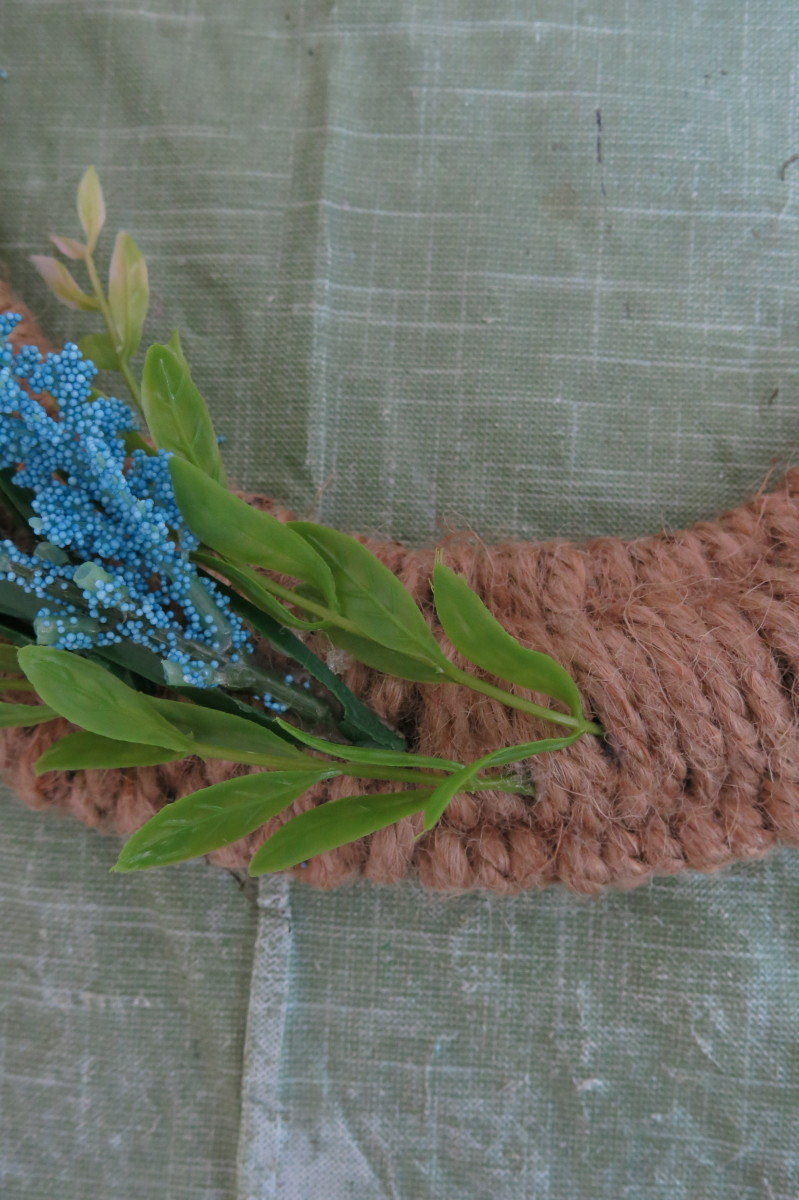 diy-craft-tutorial-wrapped-woven-twine-wreath