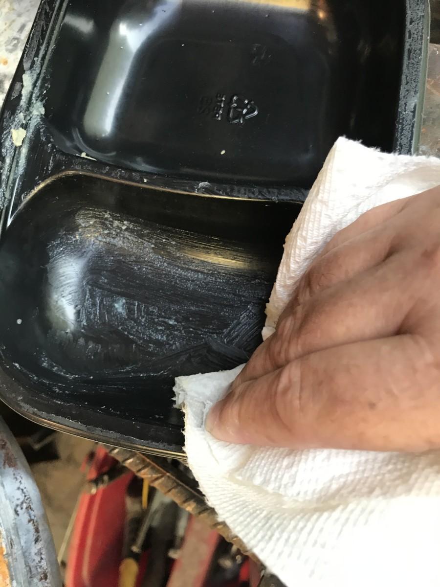 Applying Paste Wax to Mold Cavity