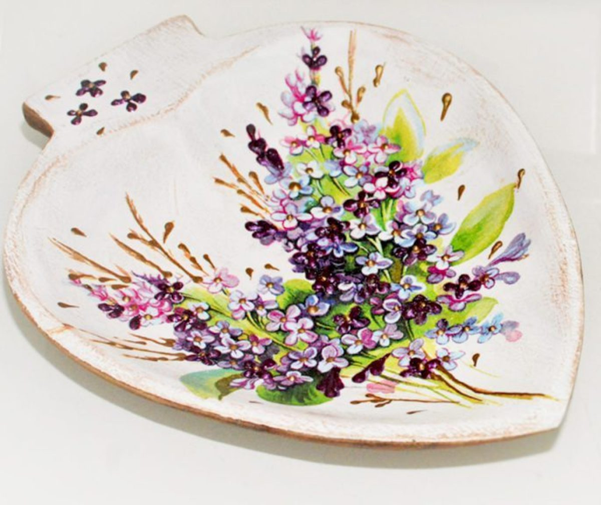 Learn how to make this lovely decoupaged dish  in the video below