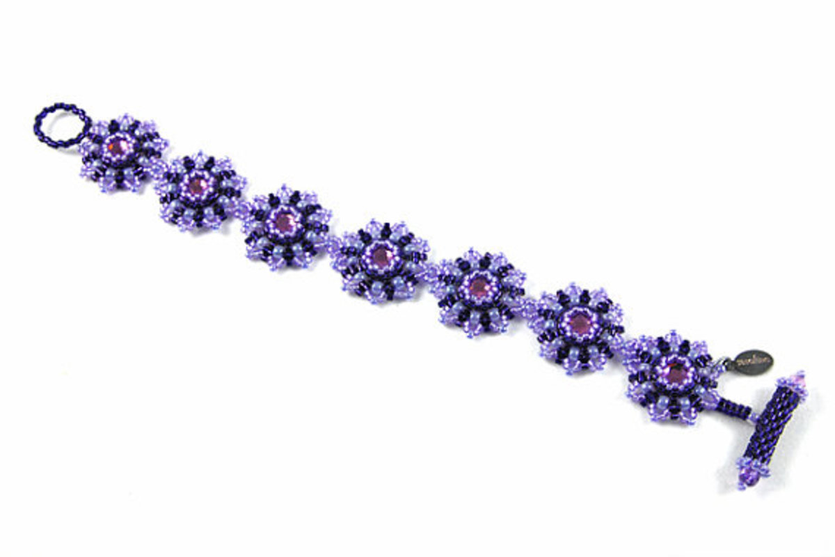 Link a handful of flowers together to create a stunning bracelet or necklace.