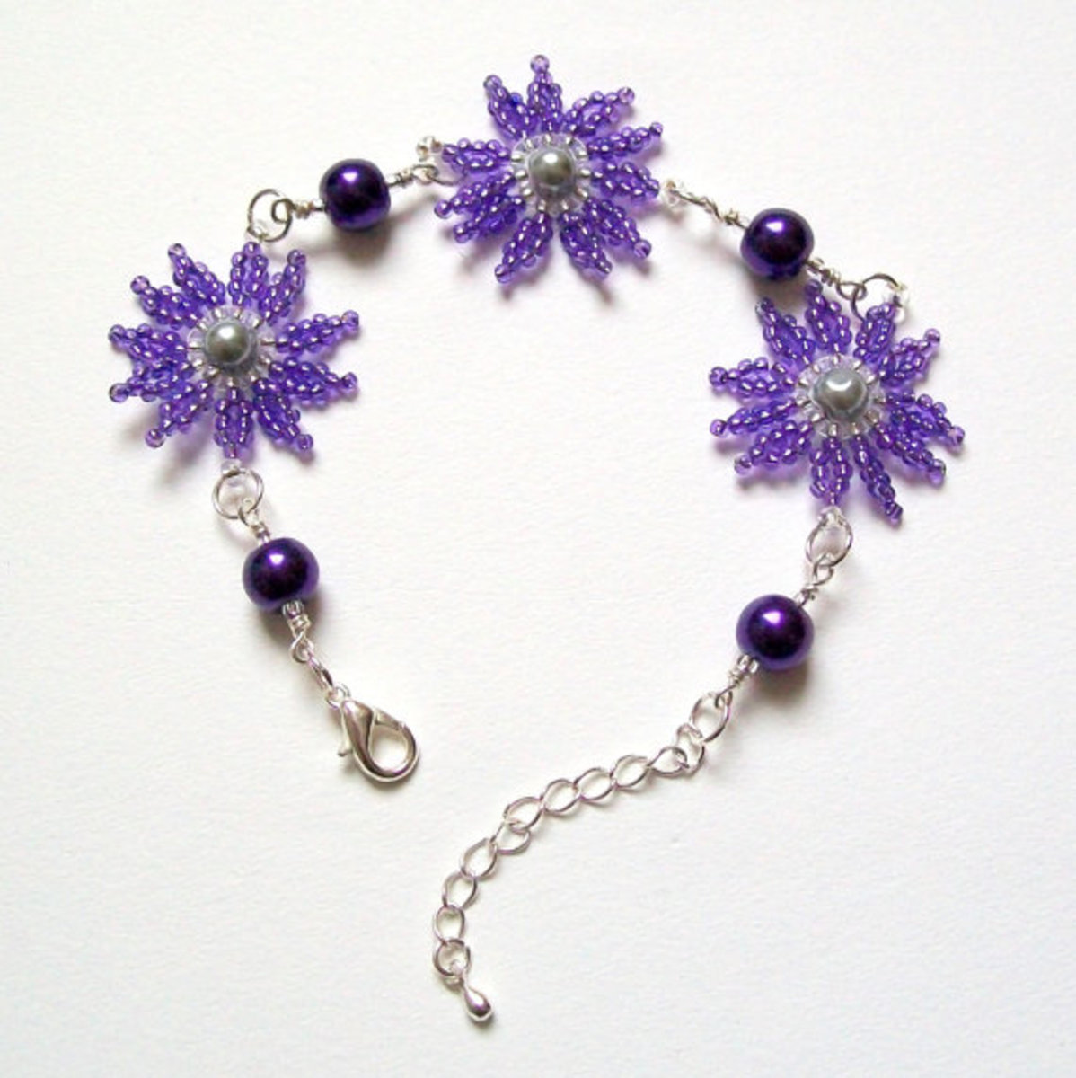 Consider pairing beaded flowers with wire wrapped or other wire components.