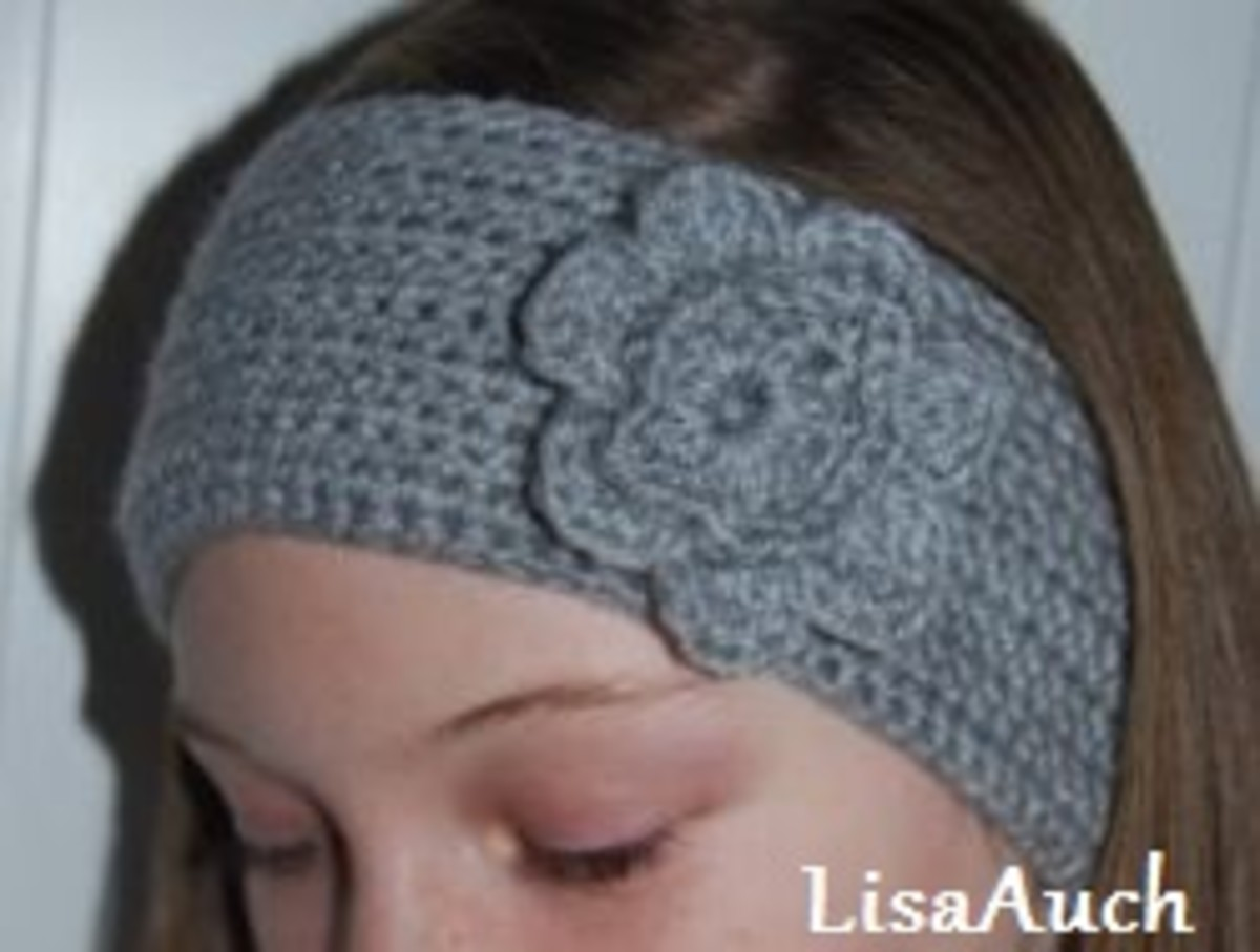 Gray crochet headband.
