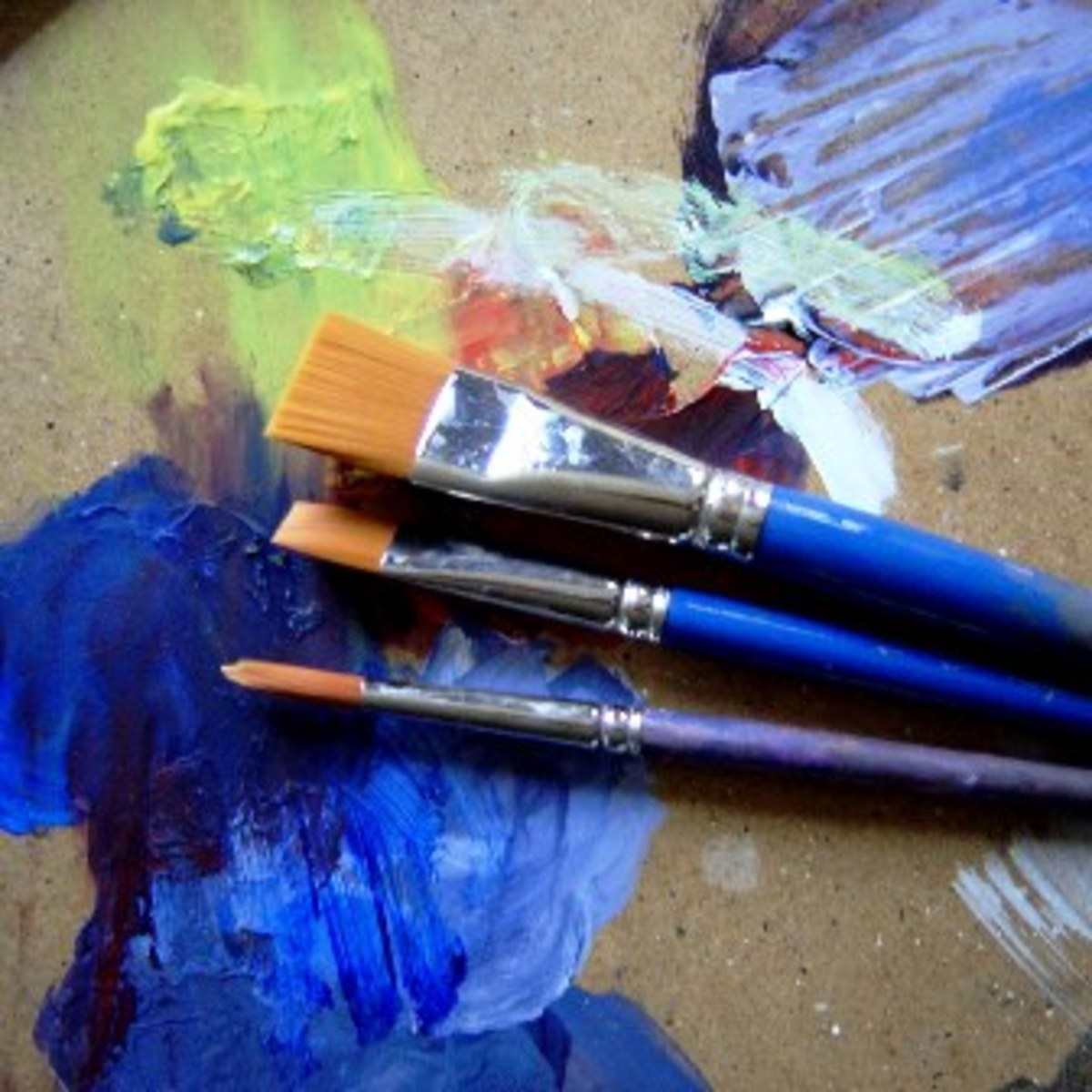 Synthetic oil painting brushes