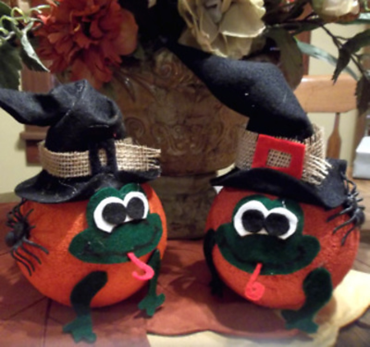 froggy-witch-pumpkin-craft