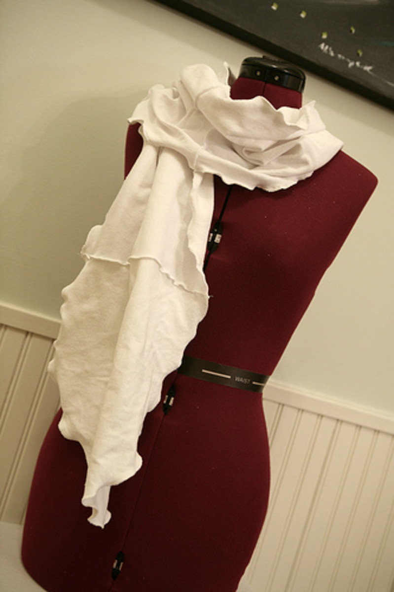 ruffled t-shirt scarf