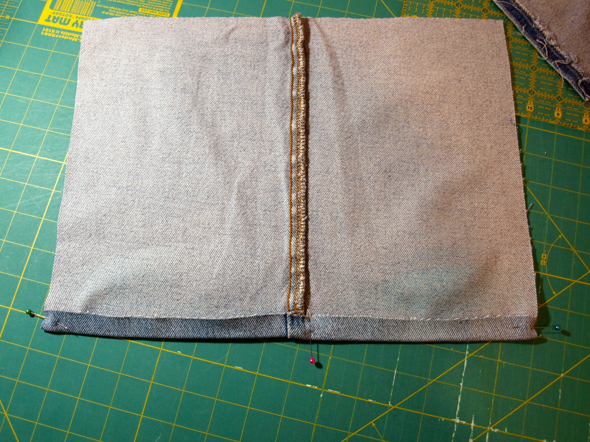 Making the back of the pillow cover.