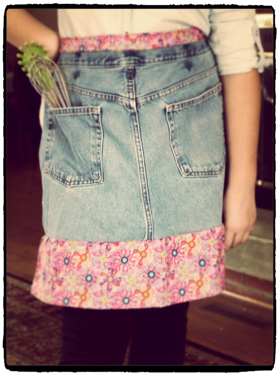 This apron, made out of recycled jeans, looks almost old-fashioned in this picture.