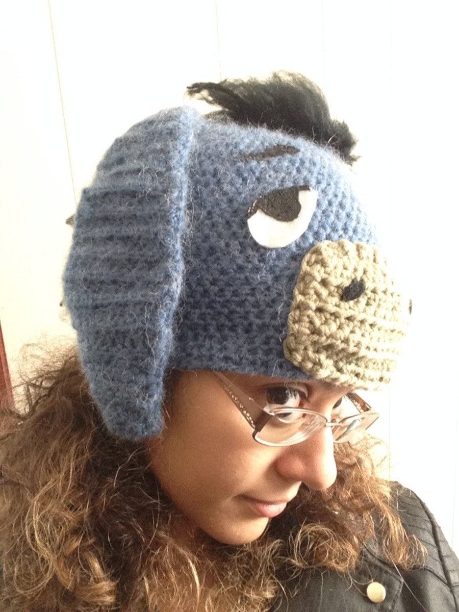 Crochet Eeyore Hat side view.