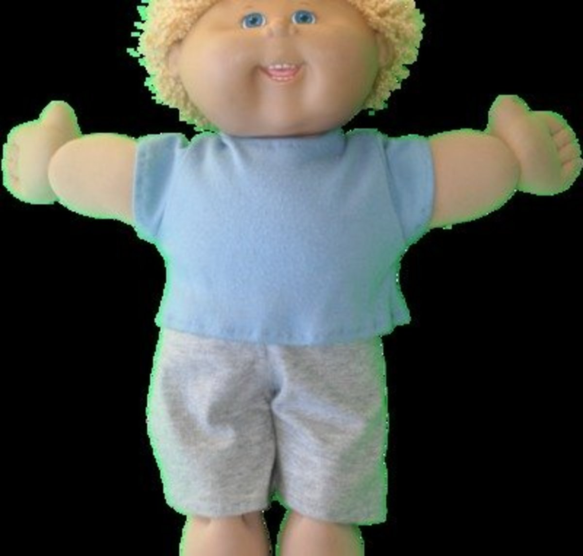 "17"" Cabbage Patch Kid t-shirt and shorts"