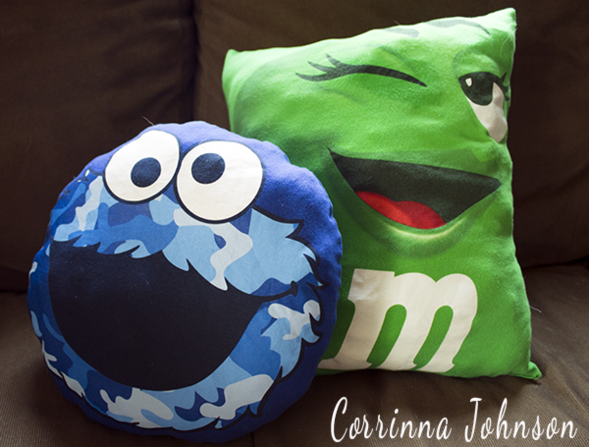 DIY Green M&M And Cookie Monster T-Shirt Pillows