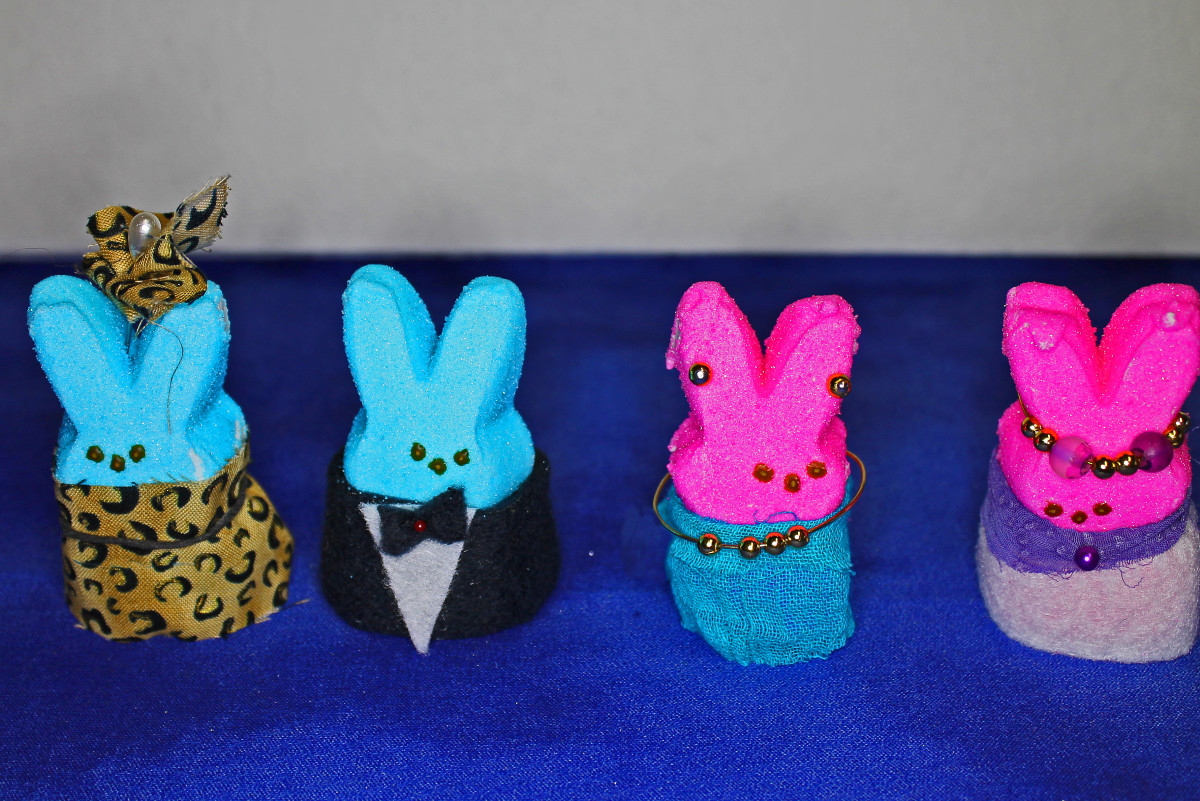 I used bits of cloth, pins, and jewelry to dress up these Peeps for the diorama.