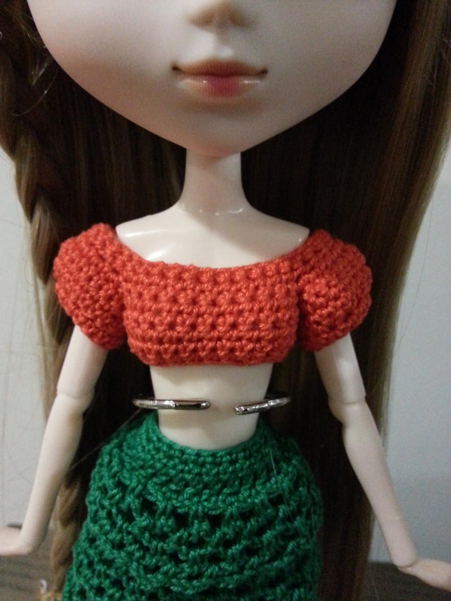 Pullip Cropped Top With Puffy Sleeves