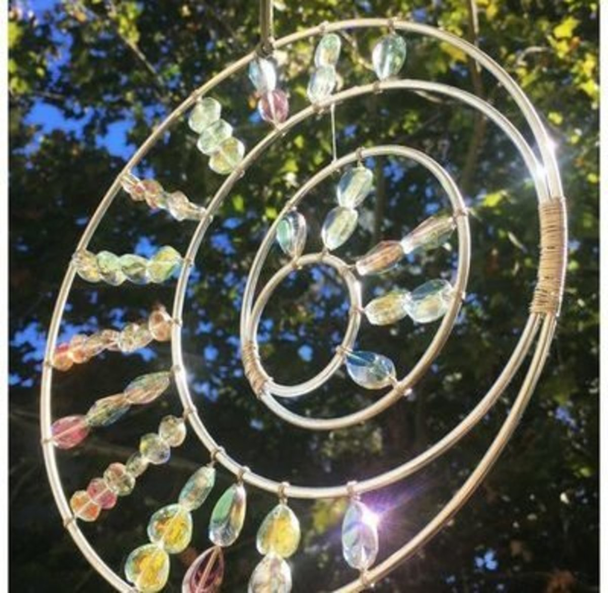 61 Outstanding Suncatcher Craft Ideas | FeltMagnet