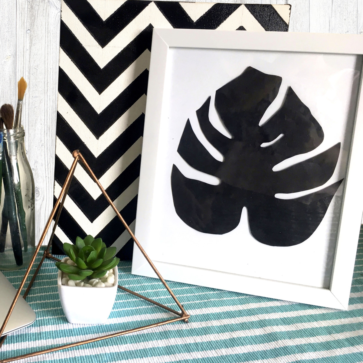DIY Monstera Leaves Room Decor