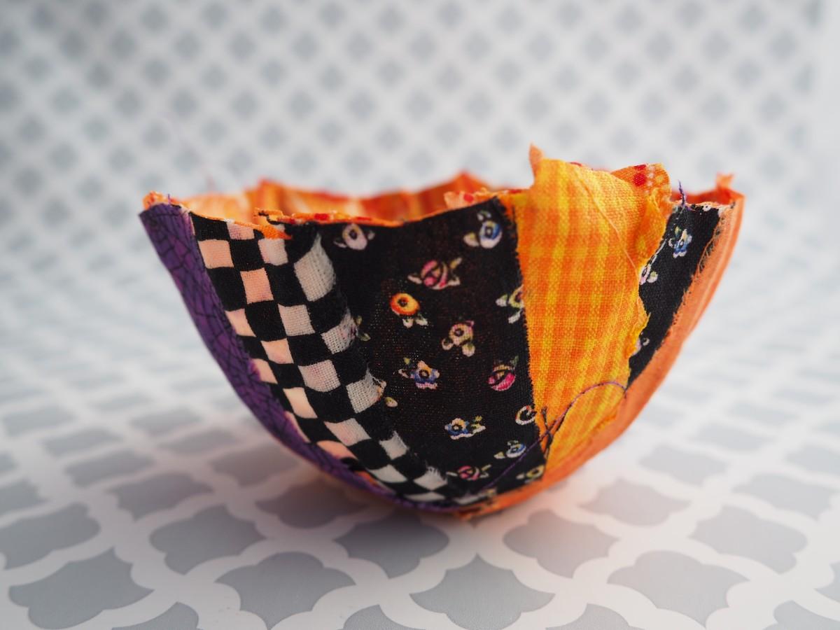 Diy Fabric Scrap Tutorial No Sew Fabric Halloween Bowls Feltmagnet Crafts