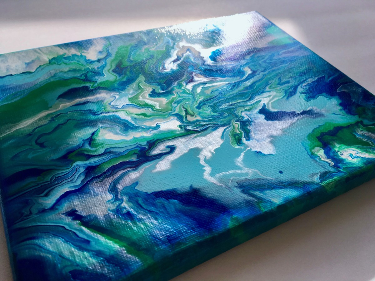 The painting dried with a glossy shine and the Iridescent Bright Silver catches the light.