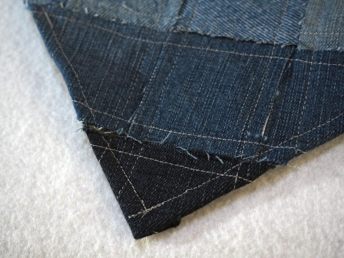 how-to-make-a-woven-throw-rug-out-of-recycled-denim-jeans