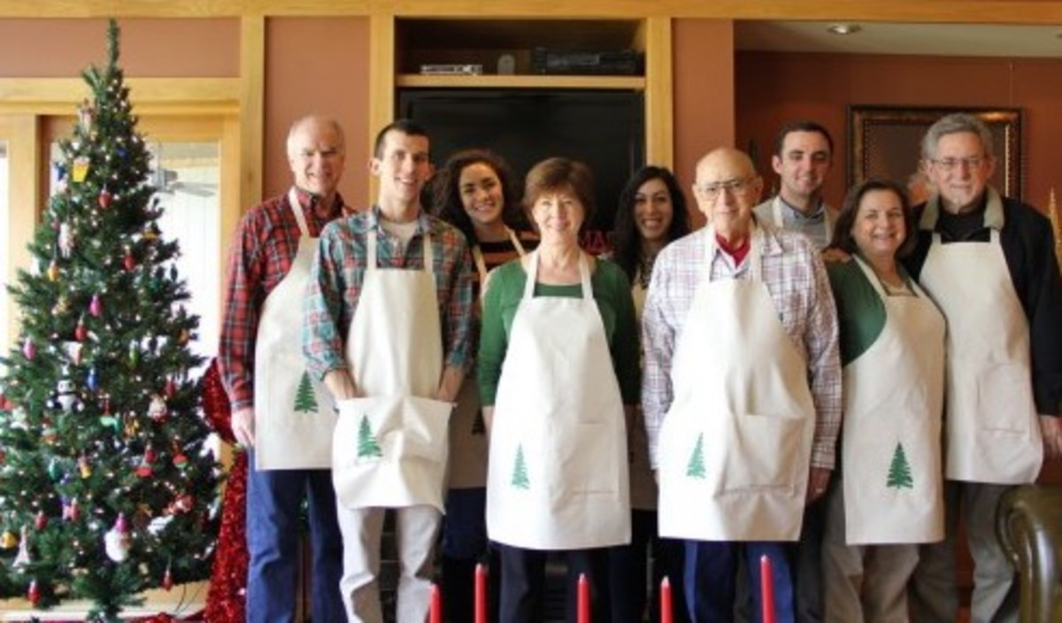 This photo was taken in 2012—and this isn't all the aprons!  Two people are in Japan, and a cousin or two are not depicted here.  I made 14 and it really didn't take that long.